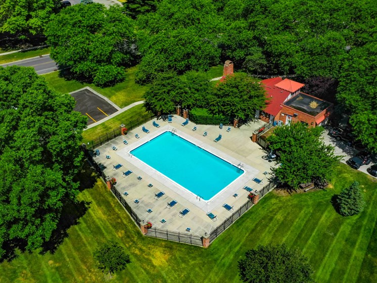 Beautiful Top View Of Swimming Pool at Old Farm Apartments, Elkhart, 46517