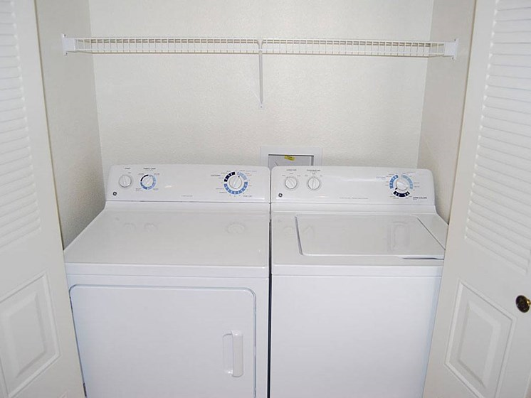 Washer and Dryer in Every Apartment at Pine Knoll Apartments, Battle Creek, 49014