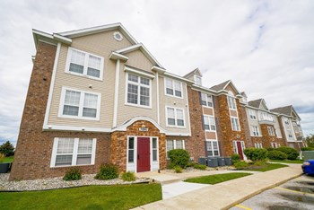 29181 Tracy Creek Drive 1 Bed Apartment for Rent Photo Gallery 1