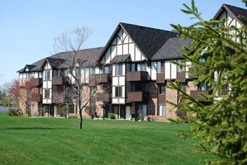 2102 Point West Drive 1-2 Beds Apartment for Rent Photo Gallery 1