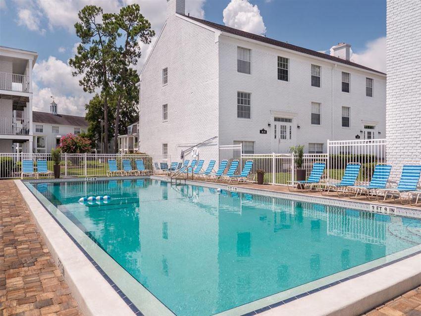 Pool and spacious sundeck