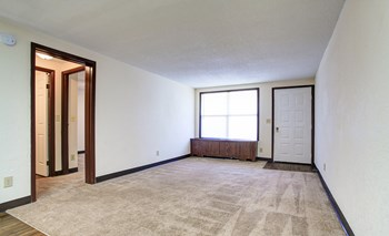 310 Midland Blvd Studio-2 Beds Apartment for Rent Photo Gallery 1