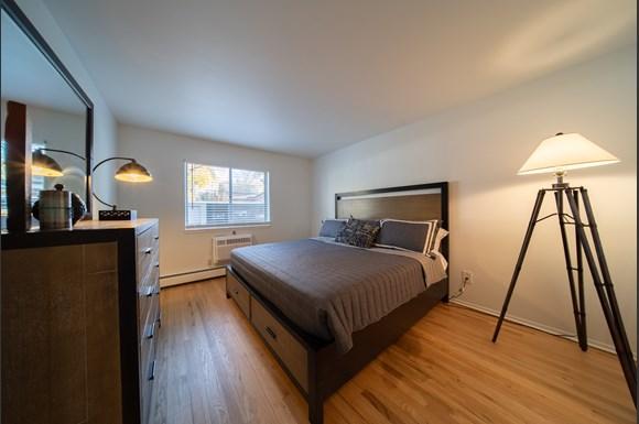 Ivanhoe Apartments, 1533 Pine Valley Blvd, Ann Arbor, MI ...