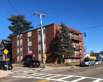 1226 Hyde Park Ave 1-2 Beds Apartment for Rent Photo Gallery 1