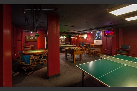 Rittenhouse Apartments game room with pool and ping pong!