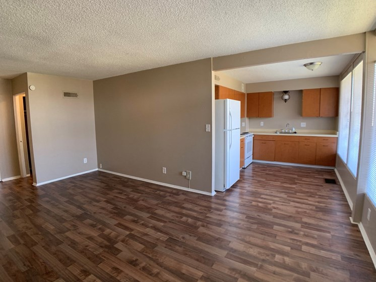 Dining room and kitchen with vinyl plank flooring