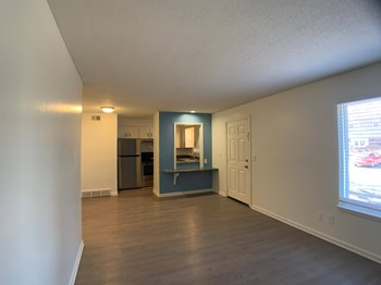 111 North Chestnut Street 1-2 Beds Apartment for Rent Photo Gallery 1