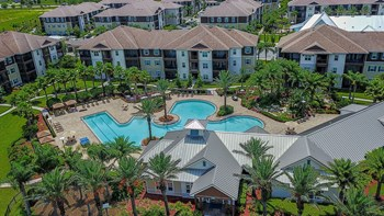 8680 Baymeadows Rd. E 1-3 Beds Apartment for Rent Photo Gallery 1