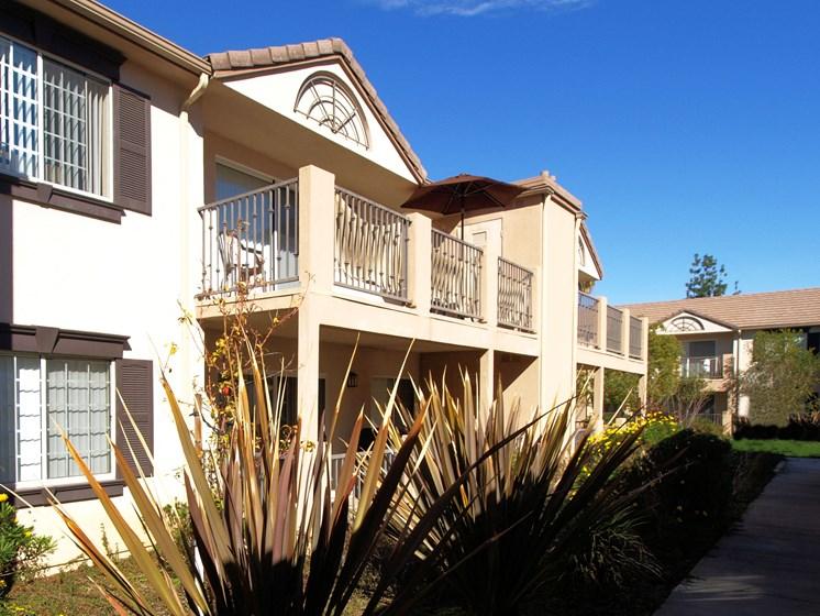 Cypress Villas Apartments Exterior Balconies