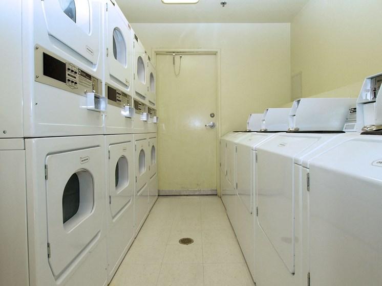 Cypress Villas Apartments Community Laundry Room