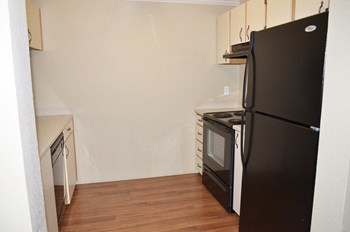 301 NE 45th Street 1-3 Beds Apartment for Rent Photo Gallery 1