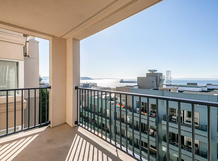 WA_Seattle_UptownQueenAnne_Balcony View