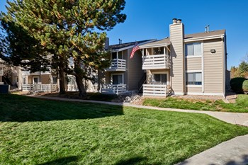 10225 East Girard Avenue 1-2 Beds Apartment for Rent Photo Gallery 1