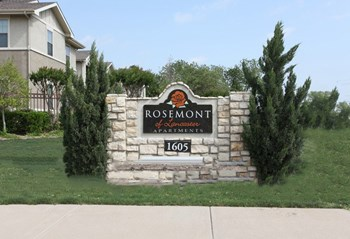1605 North Houston School Road 2-4 Beds Apartment for Rent Photo Gallery 1