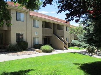 5800 Truchas Dr NE 1-2 Beds Apartment for Rent Photo Gallery 1