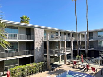 1415 E. Apache Blvd Studio-2 Beds Apartment for Rent Photo Gallery 1
