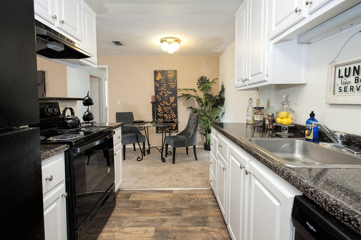 Bishops Court Apartments Rancho Cordova CA Model Kitchen & Dining Room