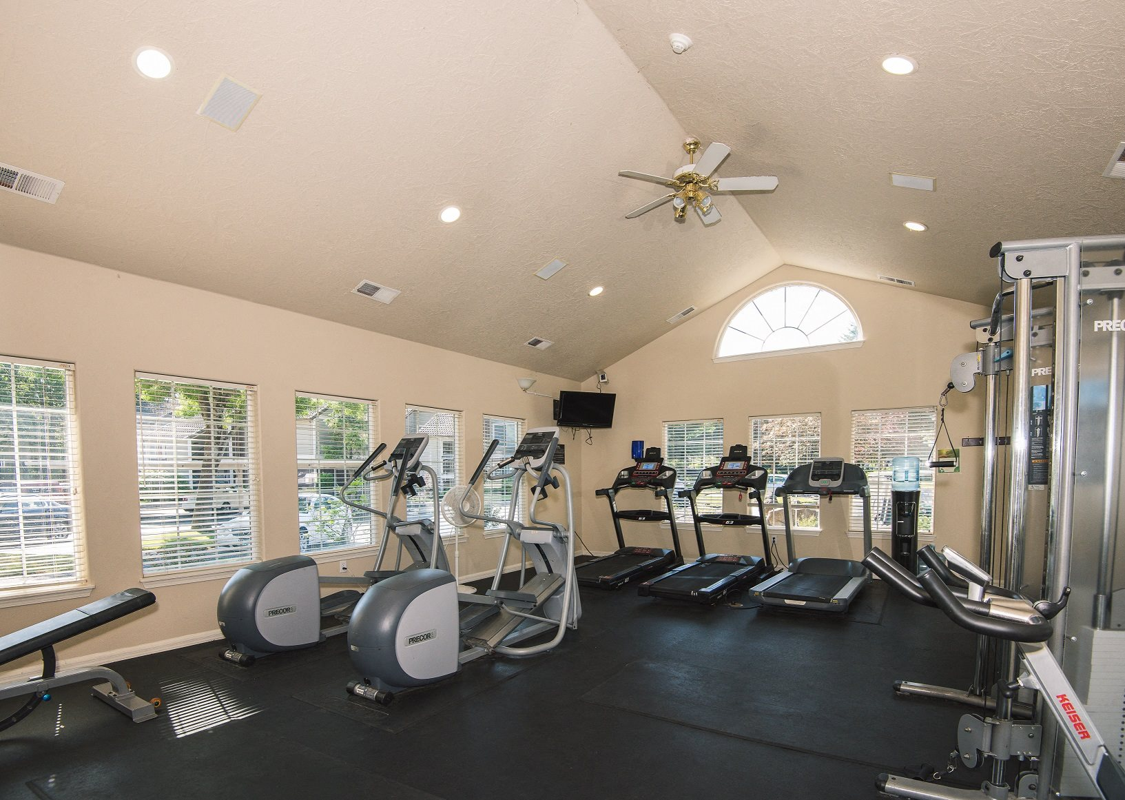 Creekside Village 24 Hour Fitness Center