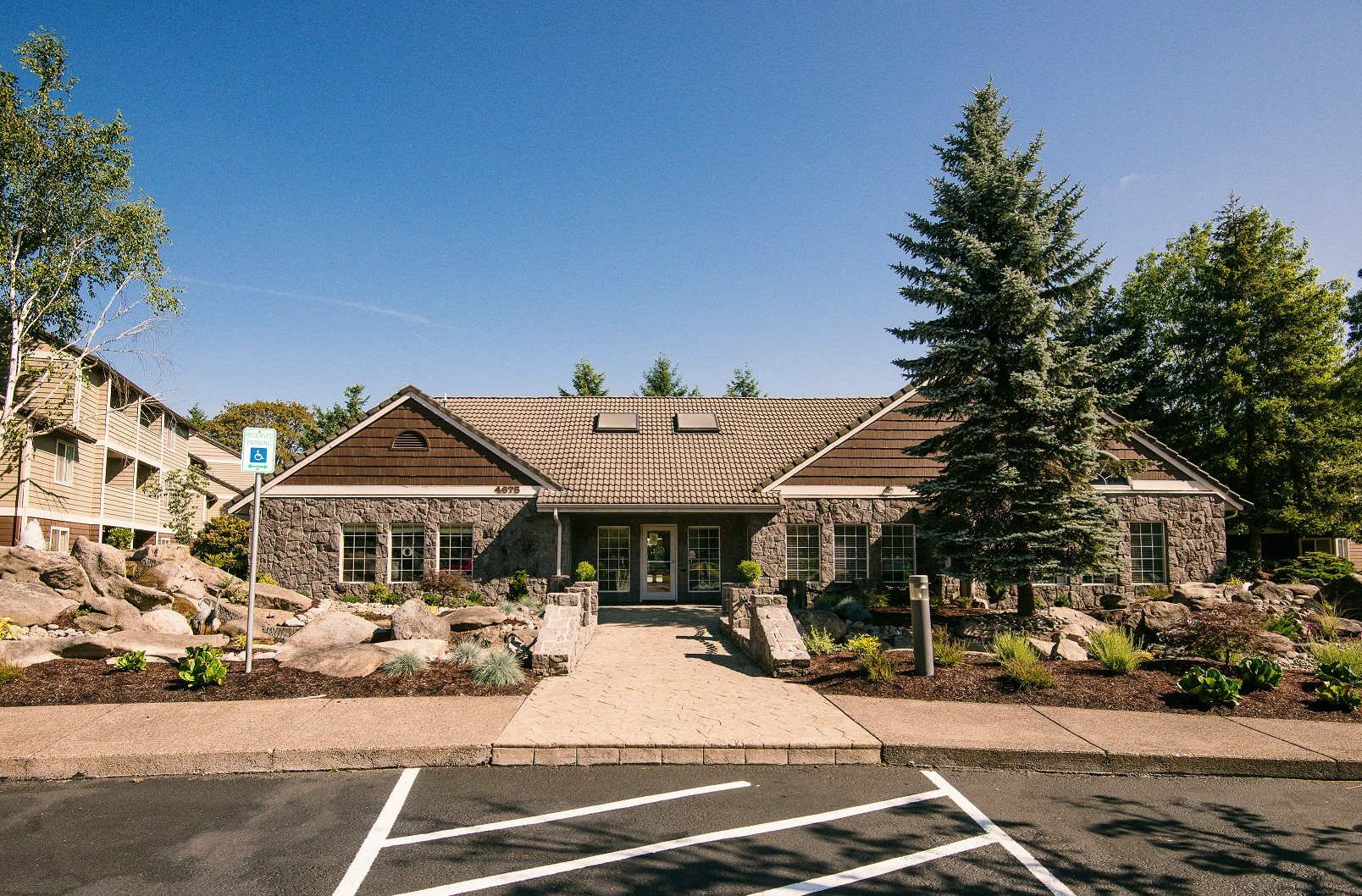 Creekside Village Clubhouse Entry