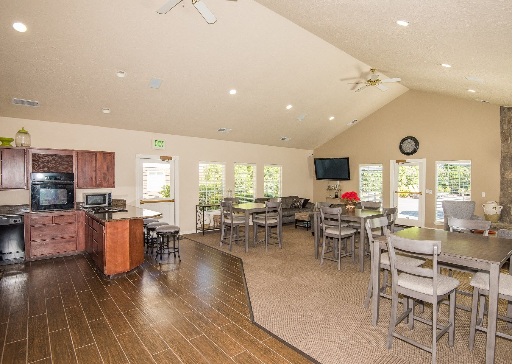 Creekside Village Clubhouse Kitchen & Great Room