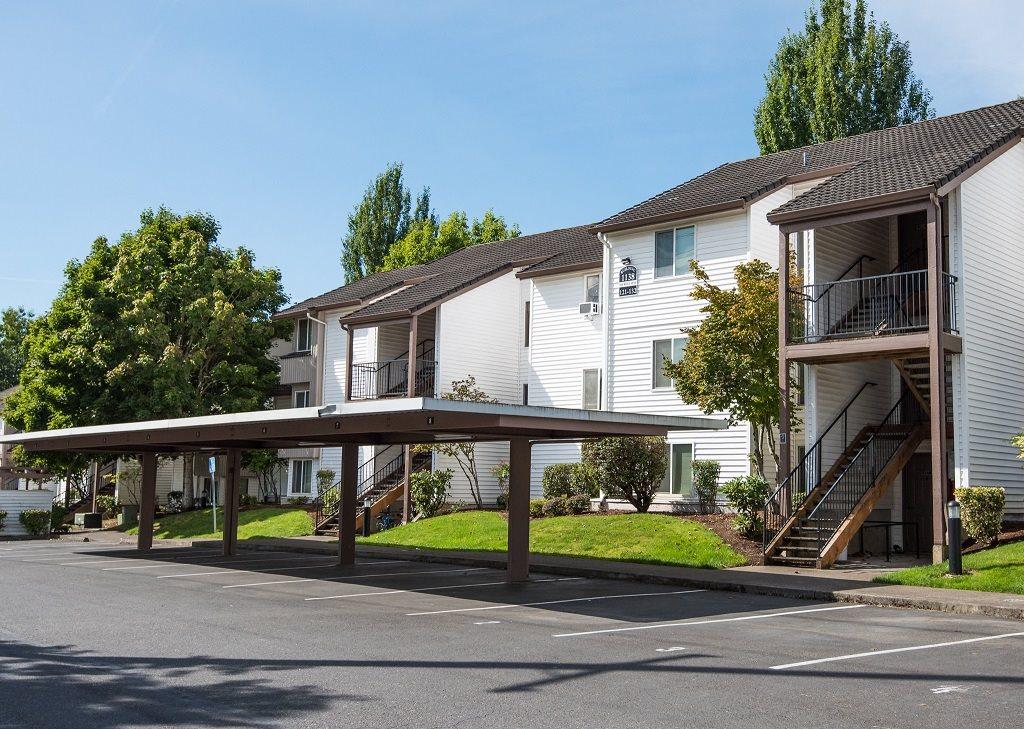 Elmonica Court Building Exteriors Carports & Parking Lot