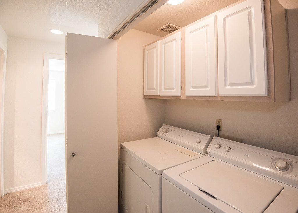 Elmonica Court Vacant Apartment Laundry Washer & Dryer