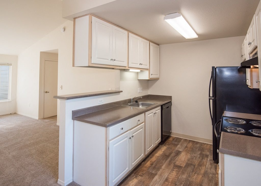 Hathaway Court Vacant Apartment Upgraded Kitchen