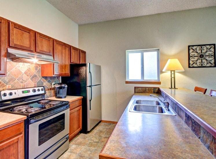 Maple Pointe Clubhouse Interior Kitchen
