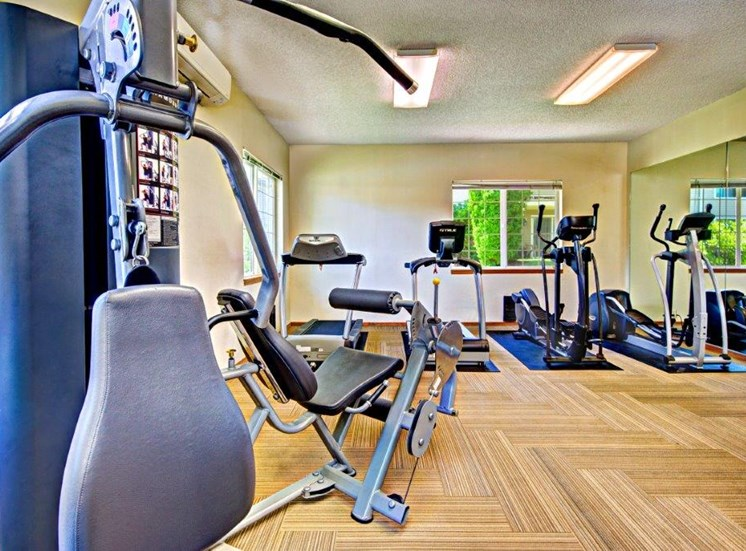 Maple Pointe Fitness Center & Equipment