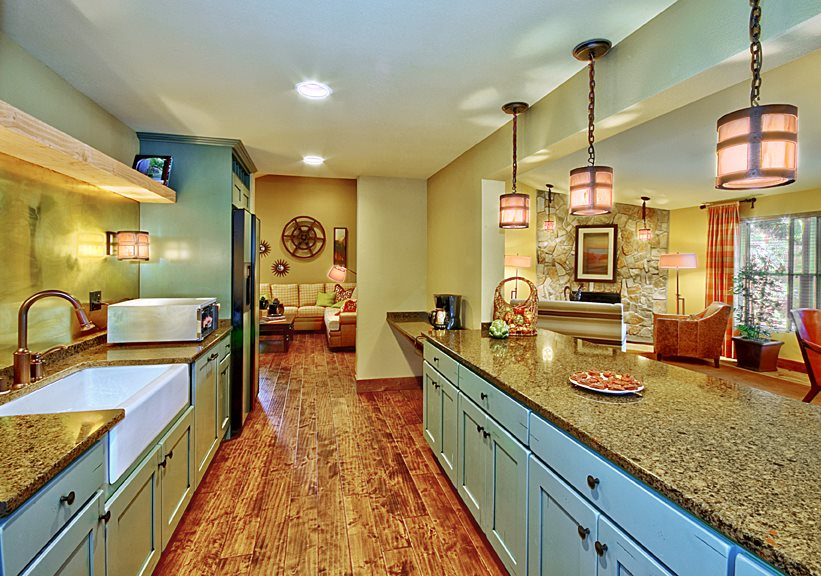 Pembrooke Apartments in Kent Washington Clubhouse Kitchen