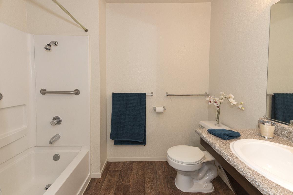 Pepperwood Model Bathroom