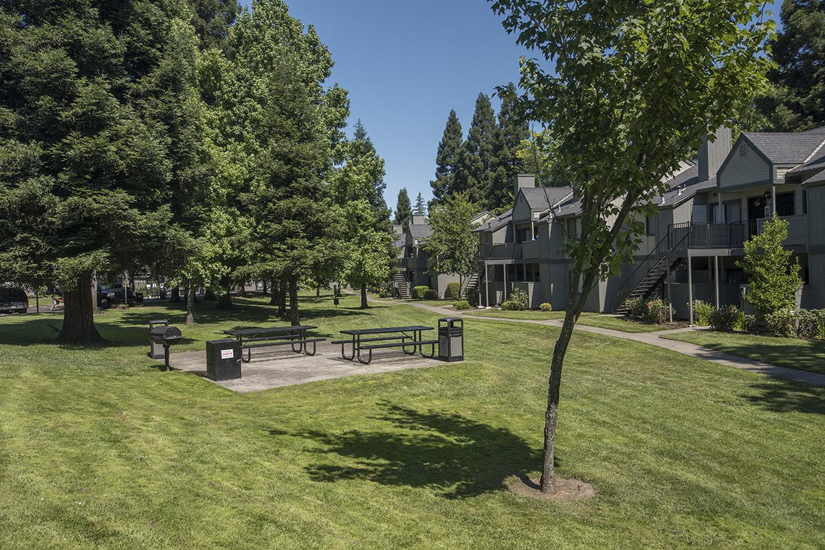 Pepperwood Picnic Area & Green Space