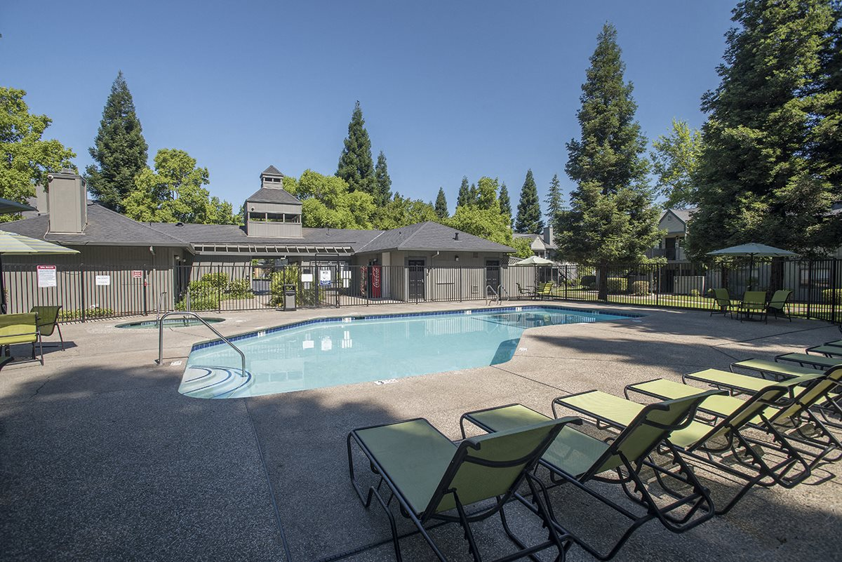 Pepperwood Roseville CA Pool Clubhouse View