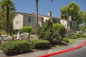 2361 Oak Harbour Drive 1-2 Beds Apartment for Rent Photo Gallery 1