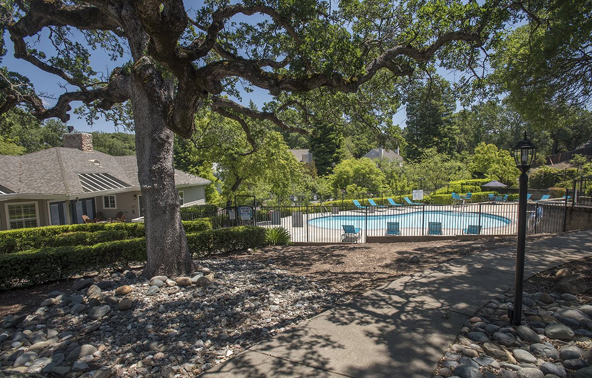 Rocklin Gold Exterior Pool & Clubhouse