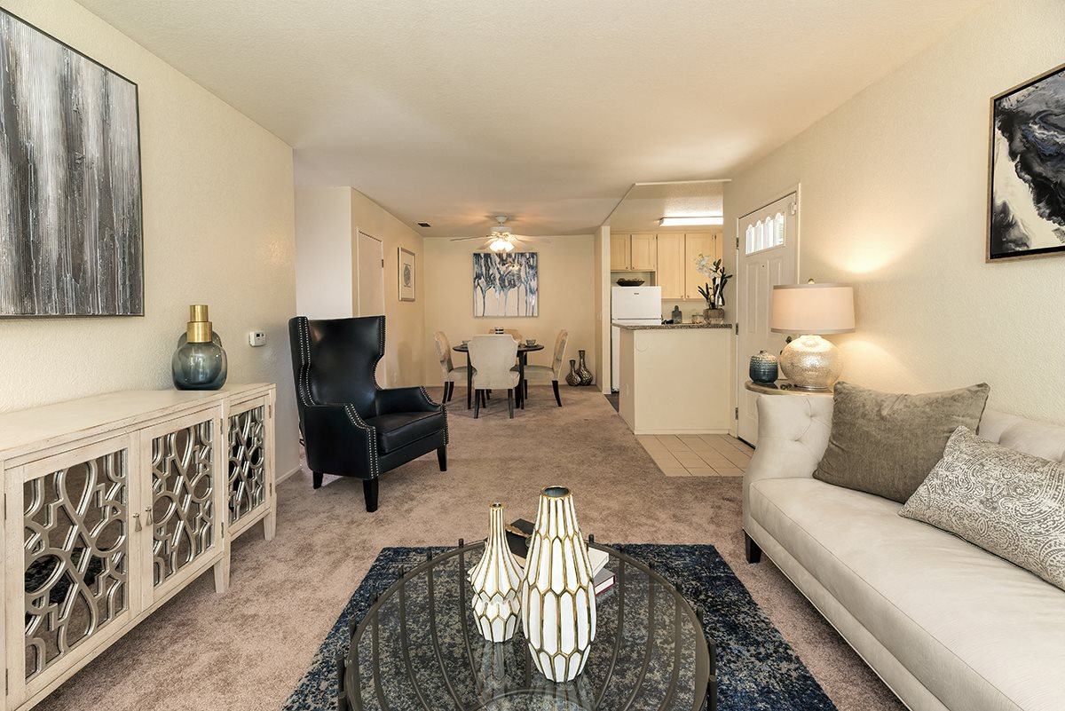 Rocklin Gold Model Living Room & Entry