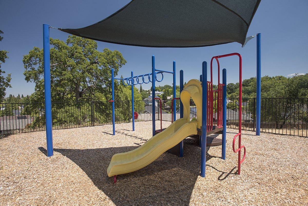 Rocklin Gold Play Area