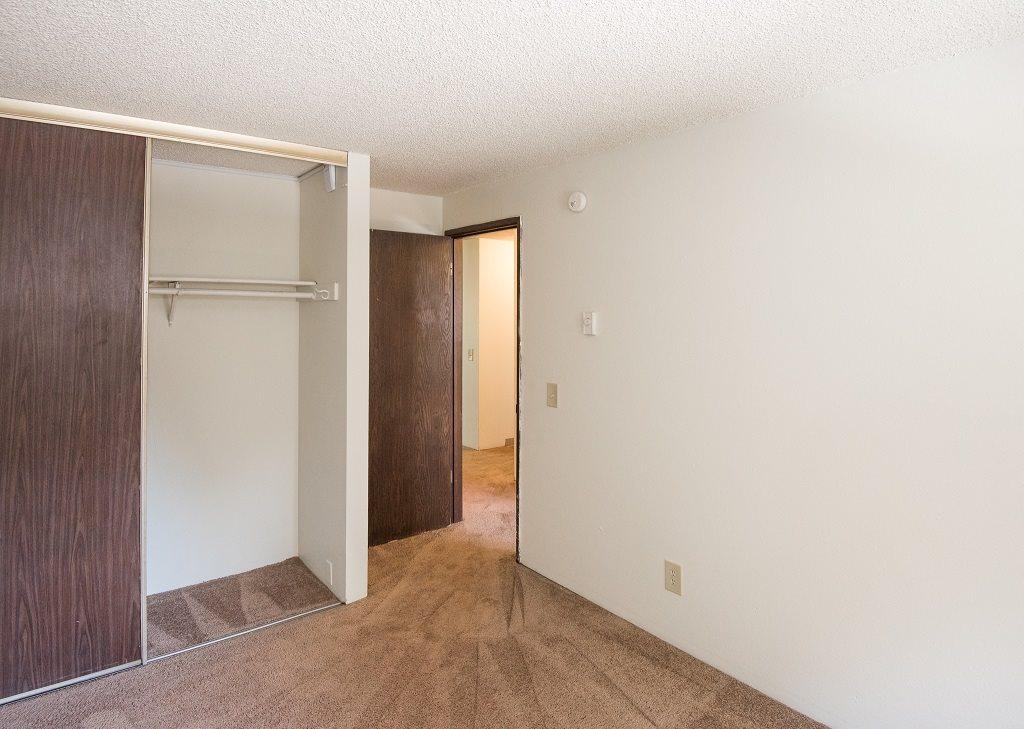 Rolling Hills Vacant Apartment Master Bedroom