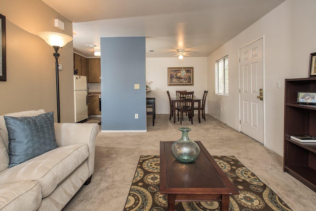 Sierra Glen Model Living Room Entry