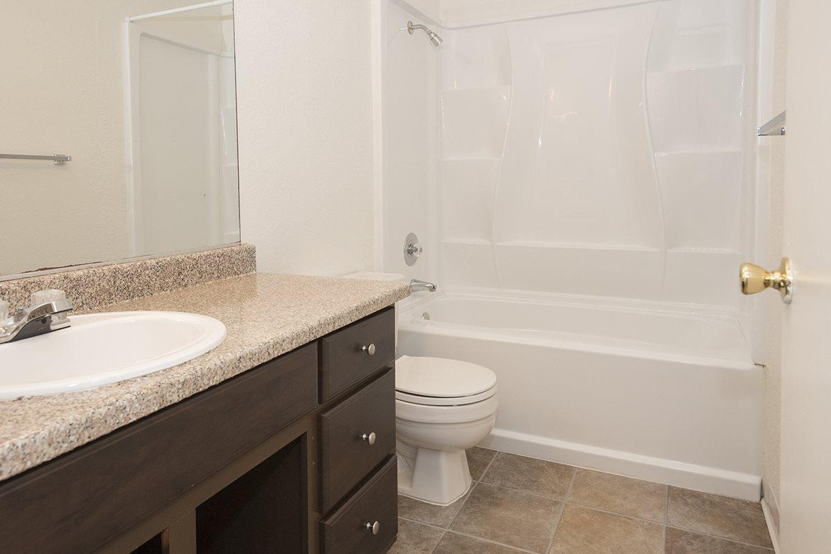 Sierra Glen Vacant Upgraded Bathroom