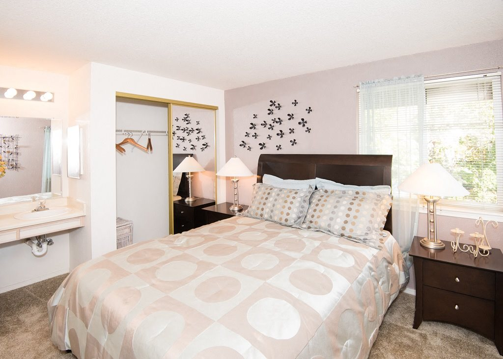 S tMarys Woods Model Apartment Master Bedroom & Vanity