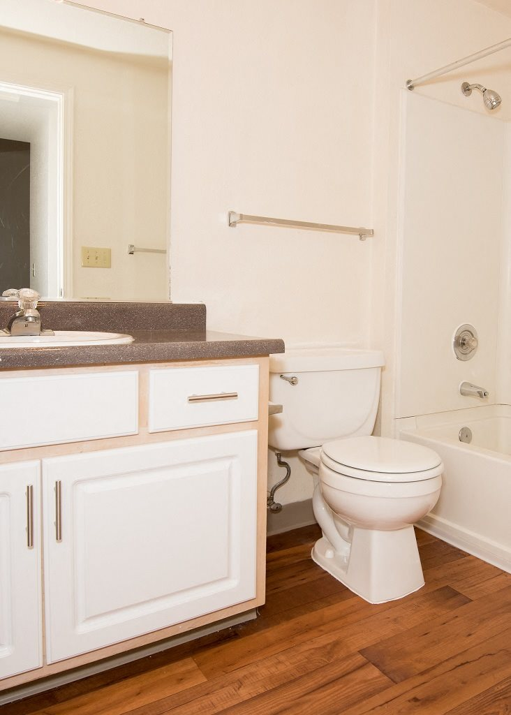 St Marys Woods Upgraded Vacant Apartment Bathroom