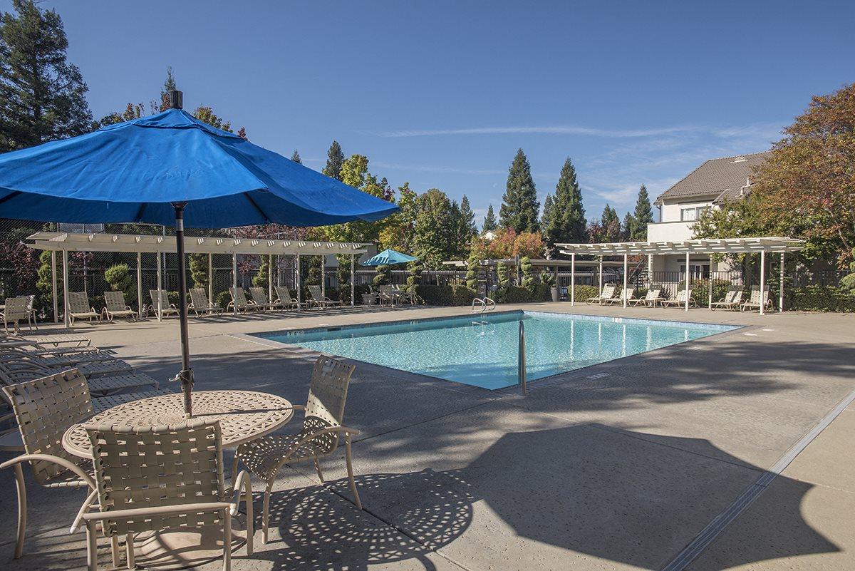 Stanford Heights Pool Furniture