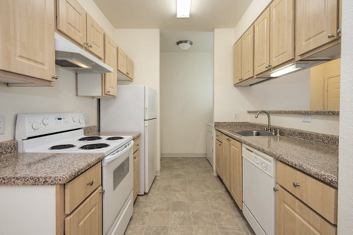 Stanford Heights Upgraded Vacant Kitchen