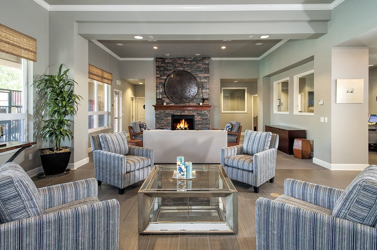 Stoneridge Clubhouse Interior Seating Area & Fireplace