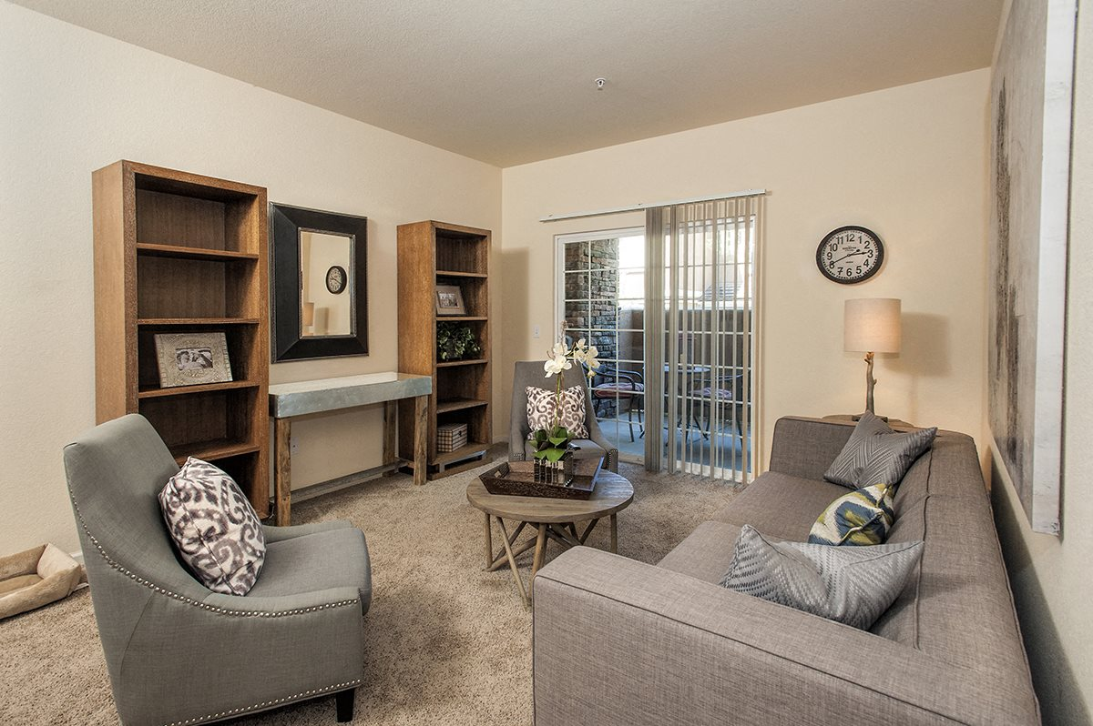Stoneridge Second Model LivingRoom & Furniture