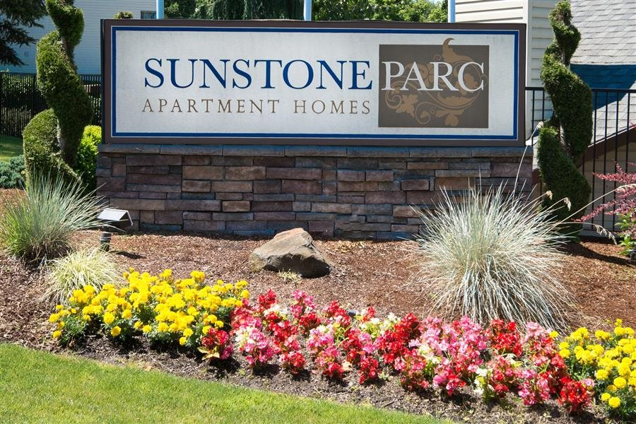 Sunstone Parc Close Up of Property Entry Monument Sign