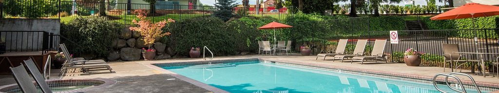 Sunstone Parc Pool & Furniture