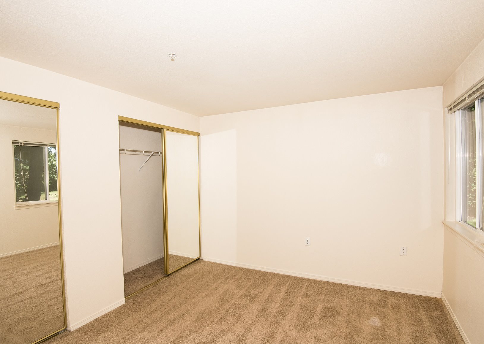 Valley River Court Vacant 2nd Bedroom