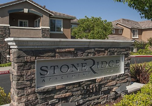 Stoneridge Apartments in Roseville California Property Entry Monument Sign